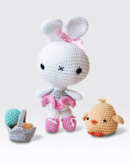 Amigurumi Bunny and Chick