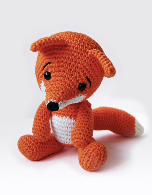 Amigurumi Crochet Basics : Lisa the Fox Amigurumi Pattern Pepika Amigurumis