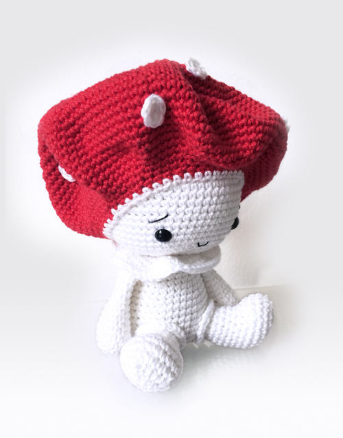 Free Crochet Patterns | Free Crochet Pattern Mushroom Keychain ... | 638x500