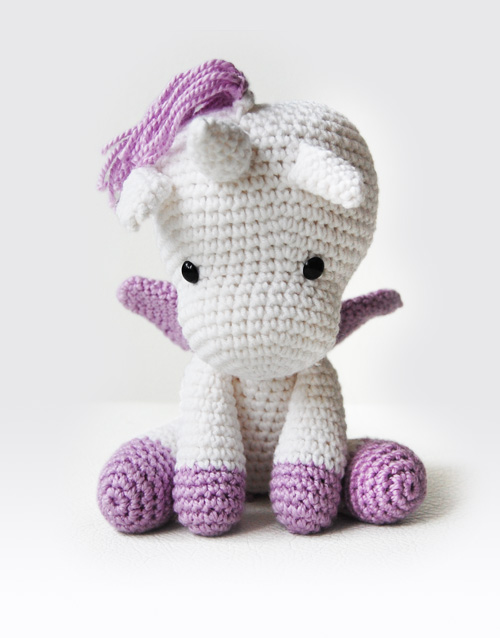 Amigurumi Unicorn Anleitung : Peachy Rose the Unicorn Amigurumi Pattern Pepika ...