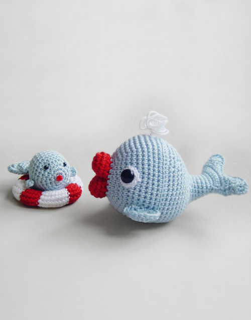 Amigurumi Christmas Ornaments Patterns : Whales Set Amigurumi Pattern Pepika Amigurumis